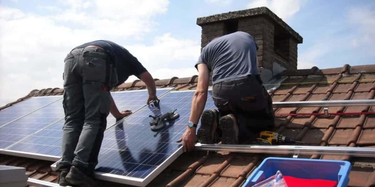 Mounting Solar Panels on Roof